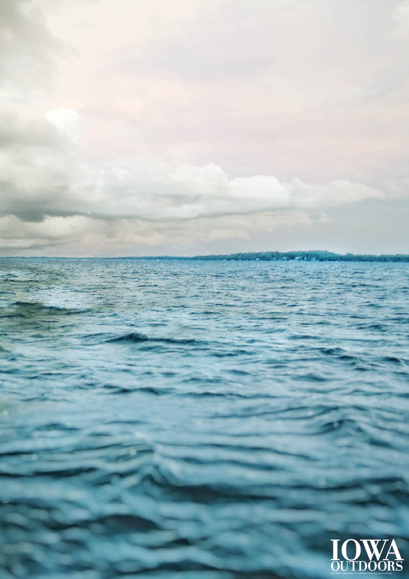 West okoboji one of only 3 blue water lakes in the world for Lake okoboji fishing
