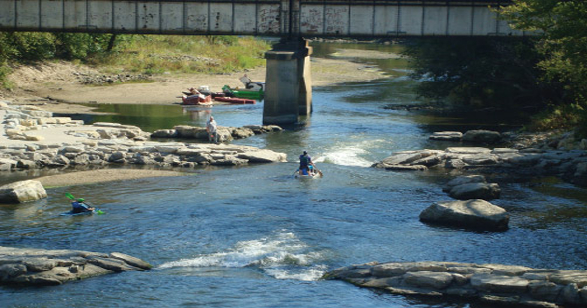 Learn more about whitewater parks in Iowa - yes, Iowa! | Iowa Outdoors magazine