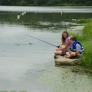 Iowans fishing on Iowa waterbodys prefer clean water