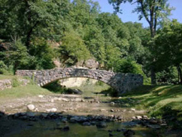 Stone bridge at Ledges Park
