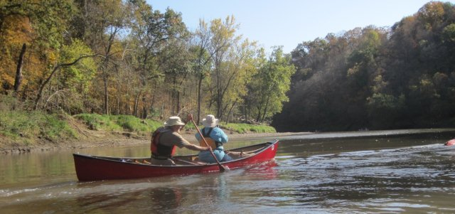 paddlers on the Maquoketa River